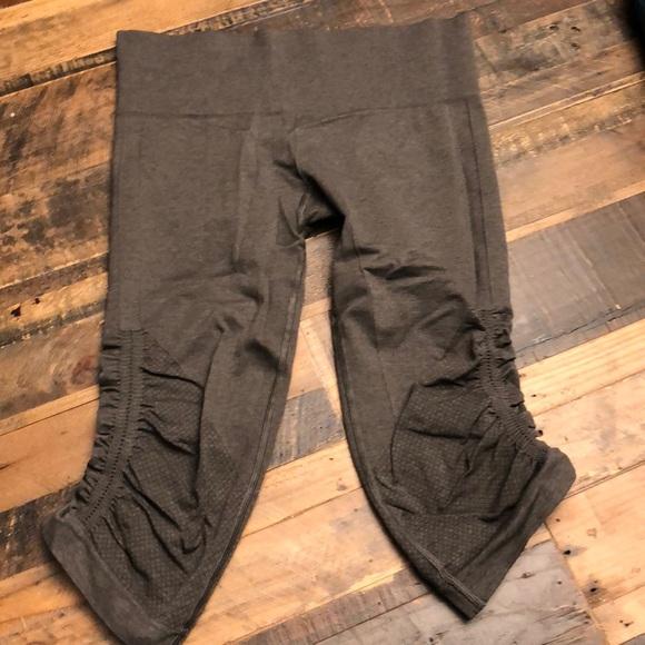 lululemon athletica Pants - Lululemon Crops